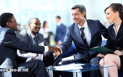 القدرة على تكوين صداقات مع رجال الأعمال
