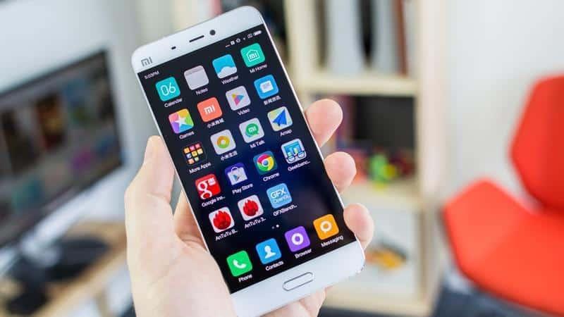 سوق الهواتف المحمولة العالمي يواجه أسوأ انخفاض في عام 2019