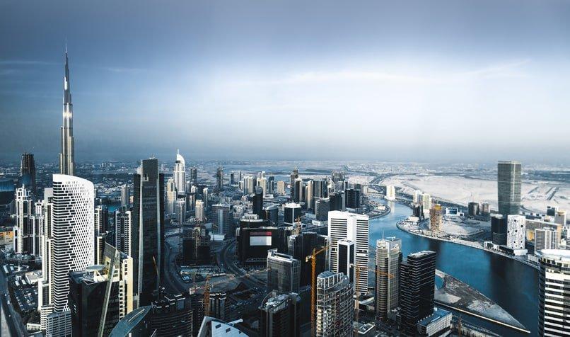 الإمارات تفتتح أول مقهى في العالم قائم على الذكاء الإصطناعي